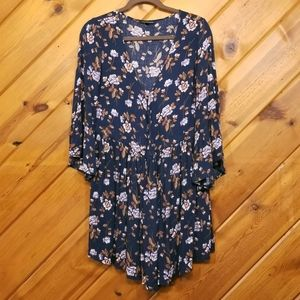 American Eagle Outfitters Floral Kimono Cardigan M